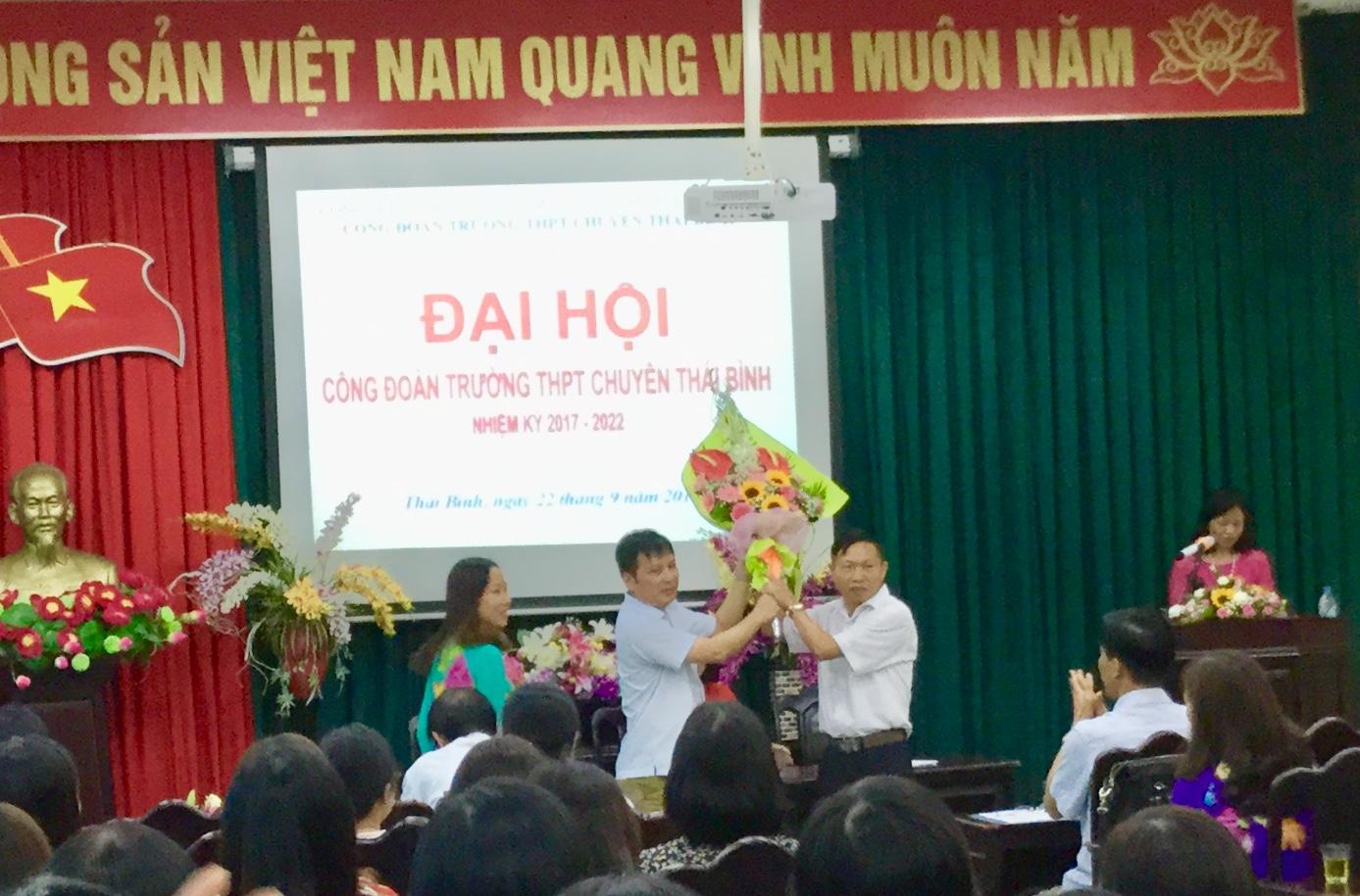 Khai mạc ĐH Công đoàn trường THPT Chuyên Thái Bình nhiệm kỳ 2017-2022